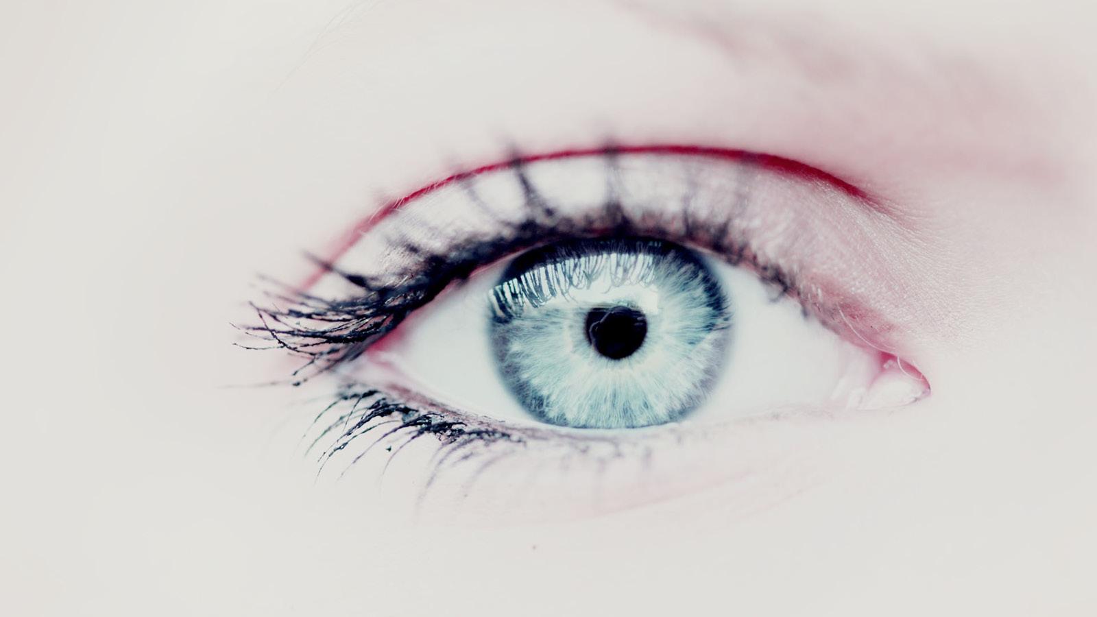 Simone Davis Naturopath Sydney | Iridology | Eye