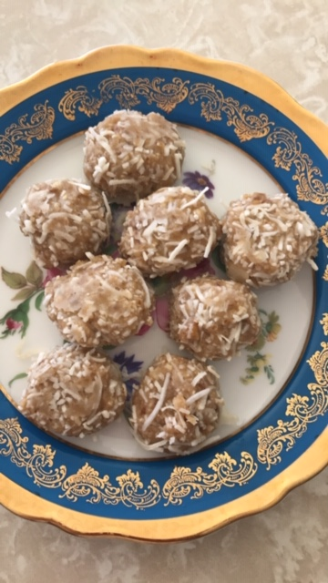 Tahini and coconut balls